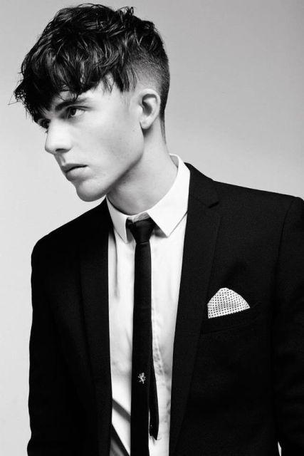 Angular fringe - kiểu tóc hợp với khuôn mặt dài gầy của nam
