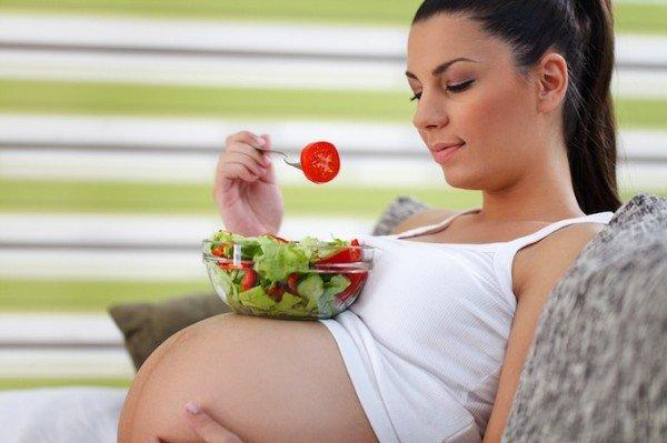 Bà bầu có nên ăn củ đậu