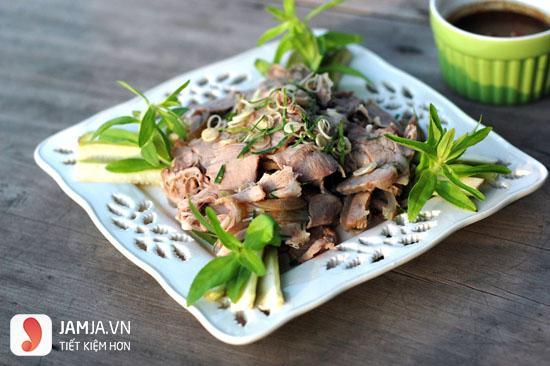 Cách chế biến món thịt bê hấp sả-1