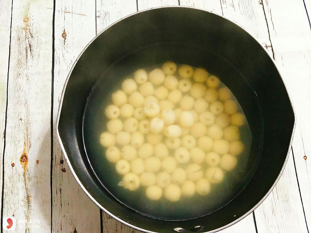 cách nấu xôi hạt sen bằng nồi cơm điện-3