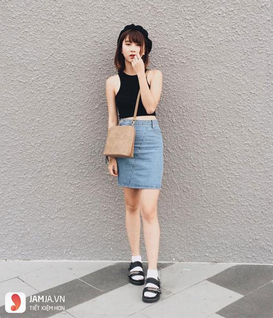 Áo crotop với chân váy jean