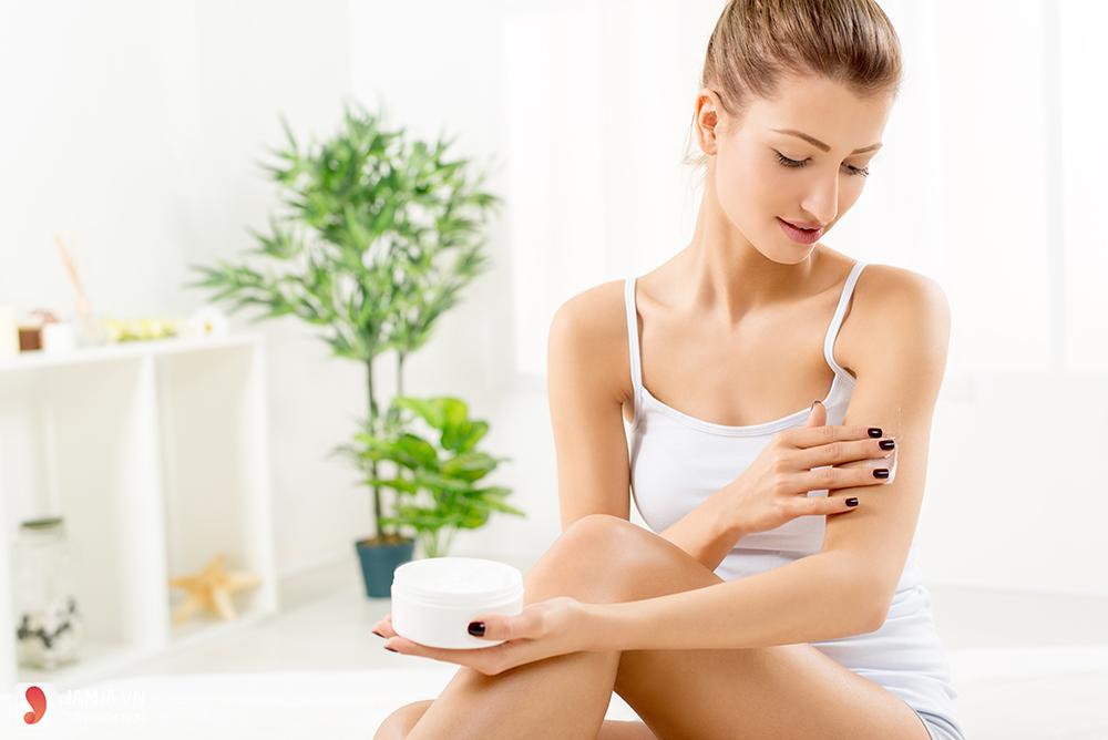 Vai trò của dưỡng ẩm cho da mặt-3