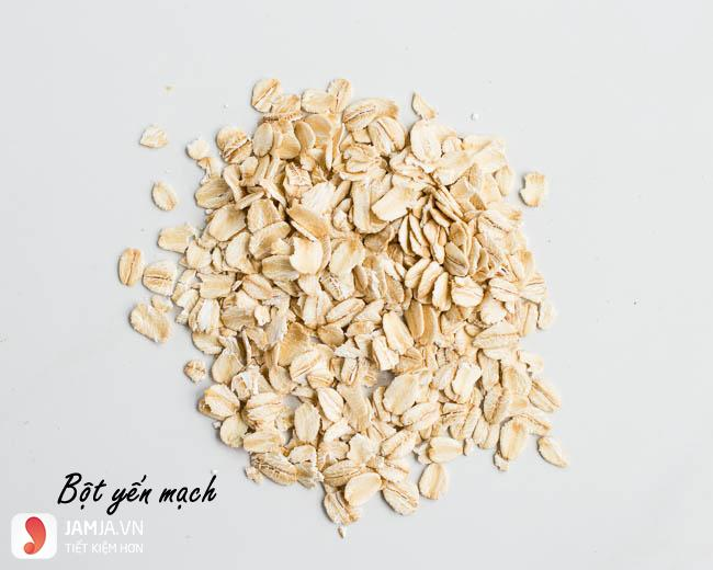 Rửa mặt với bột yến mạch không cần sữa rửa mặt