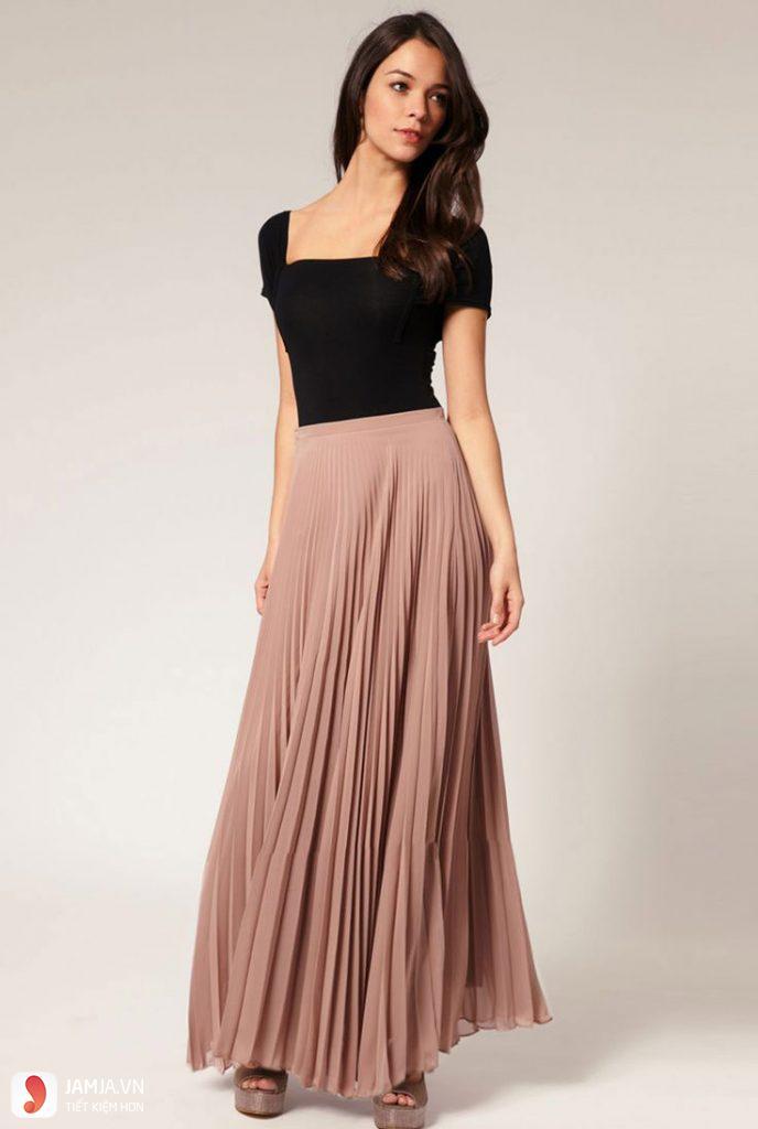 Chân váy xếp ly mặc với áo gì để set đồ hoàn hảo?