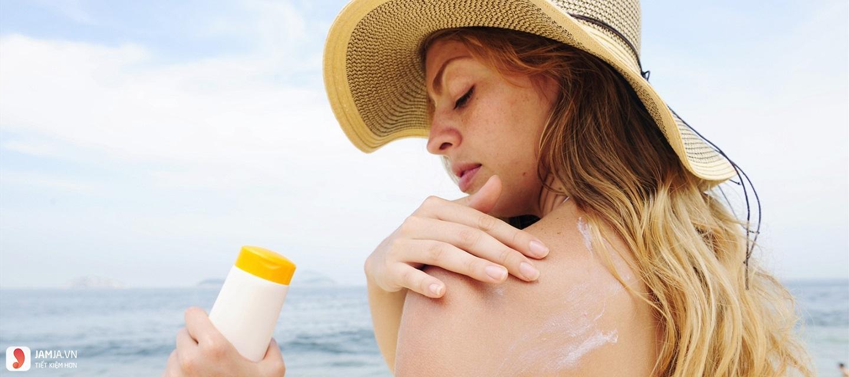 Dùng kem chống nắng trước hay sau kem dưỡng da 1