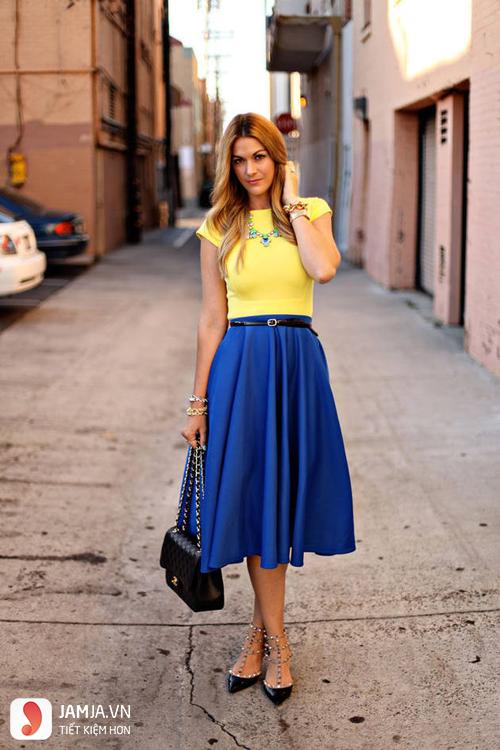 Kết quả hình ảnh cho cách phối màu quần áo vàng chanh