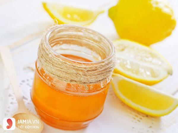 Cách trị thâm môi bằng mật ong 3