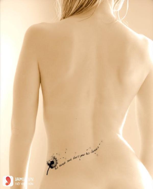 Hình xăm đẹp cho nữ ở thắt lưng 4