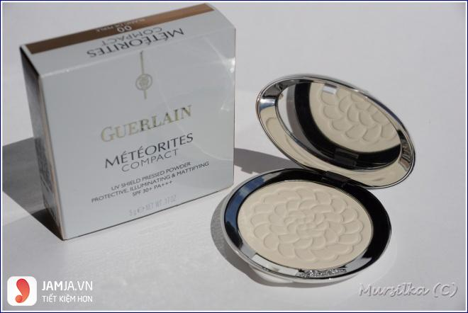 Guerlain Meteorites Compact UV Shield Pressed Powder 1