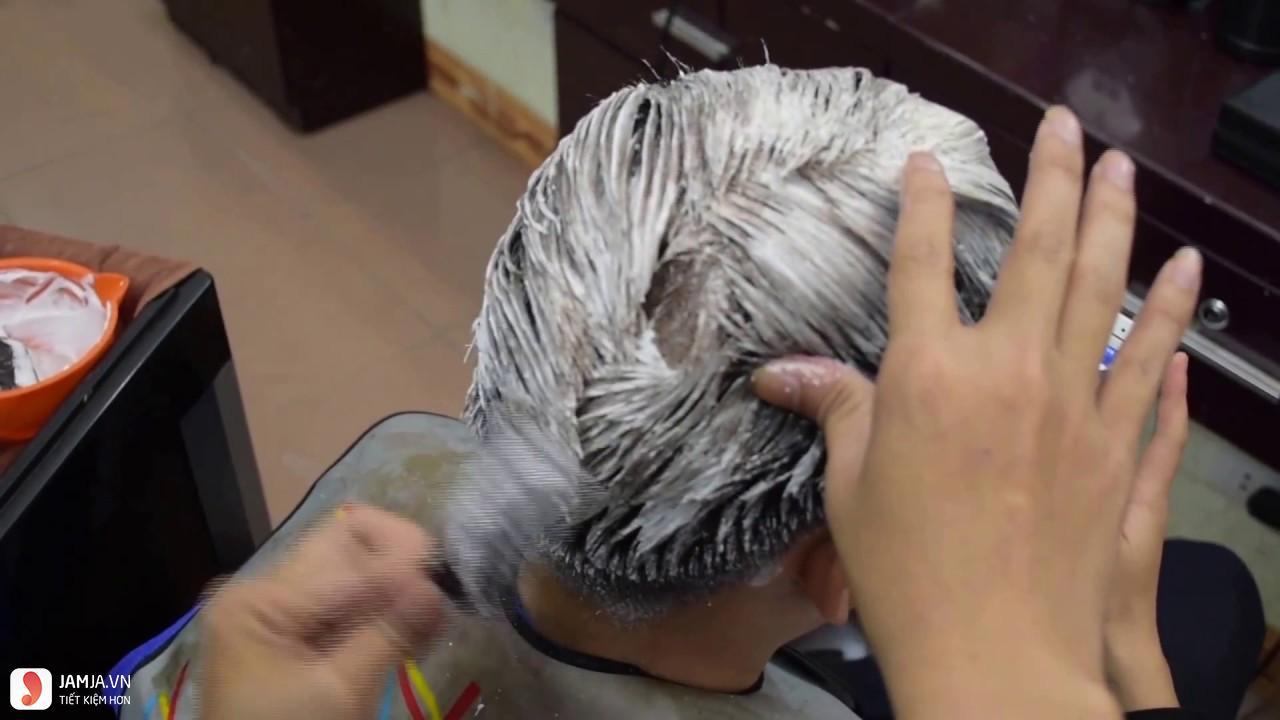 bột tẩy nâng sáng tóc