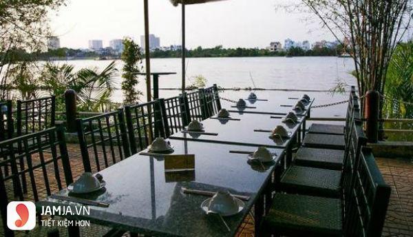 Quán Sông Trăng