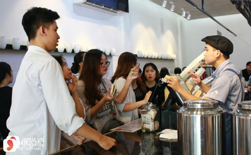 Trà sữa Royaltea - Thái Phiên 10