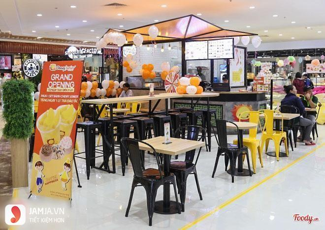 Chewy Junior Vạn Hạnh Mall