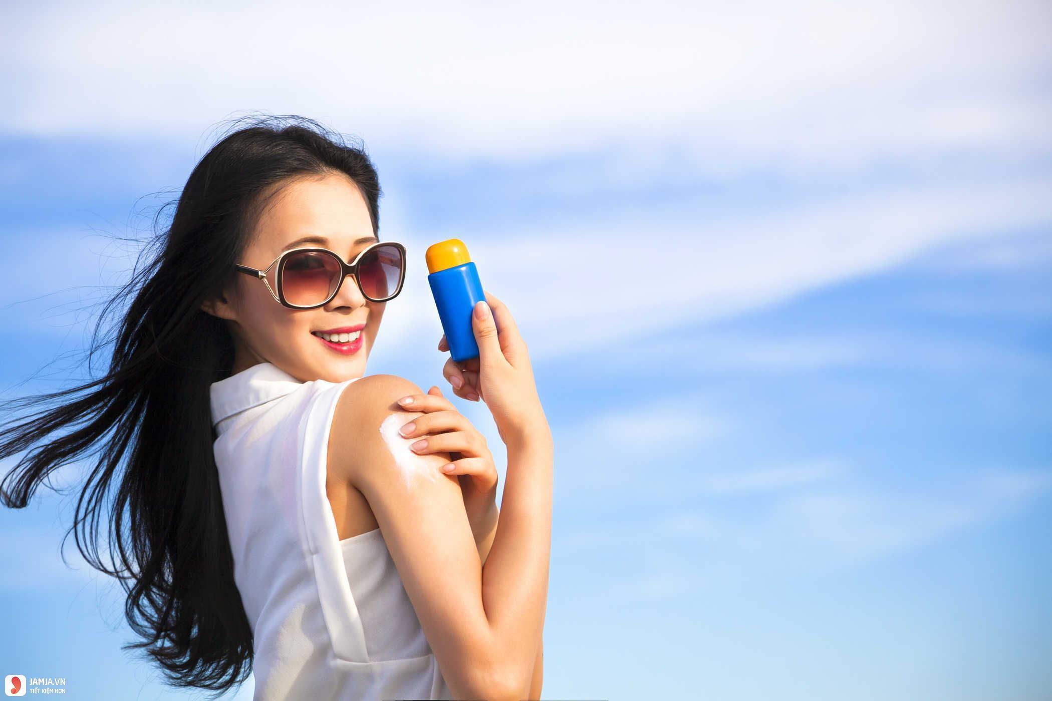 Cách chọn kem chống nắng phù hợp 2