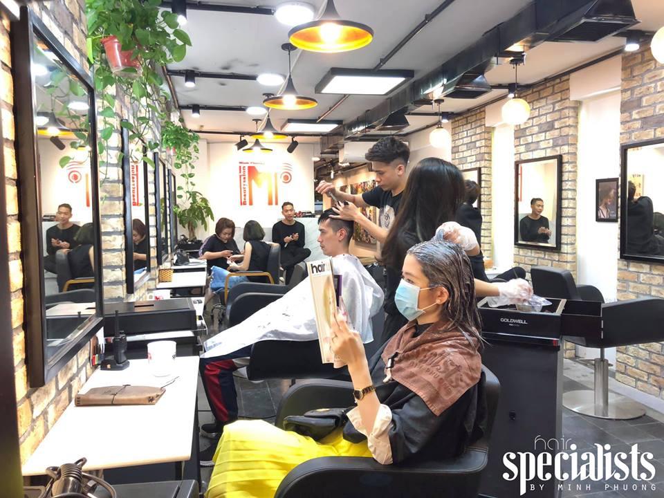 không gian bên trong Salon Minh Phương