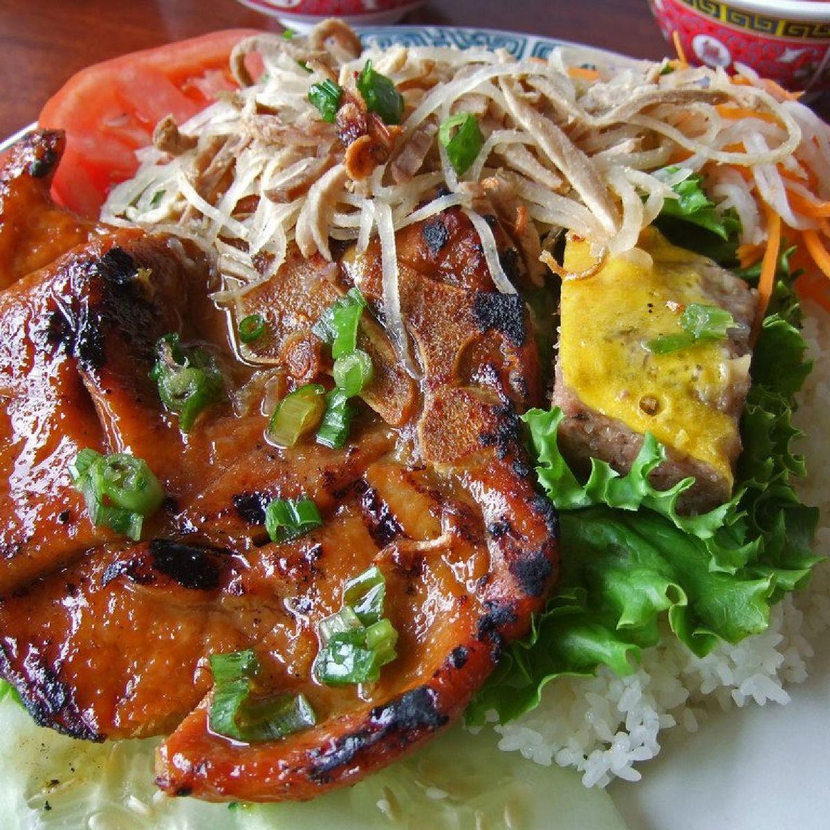 Quán Lệ - Cơm Sườn Nướng & Cơm Gà Nướng menu