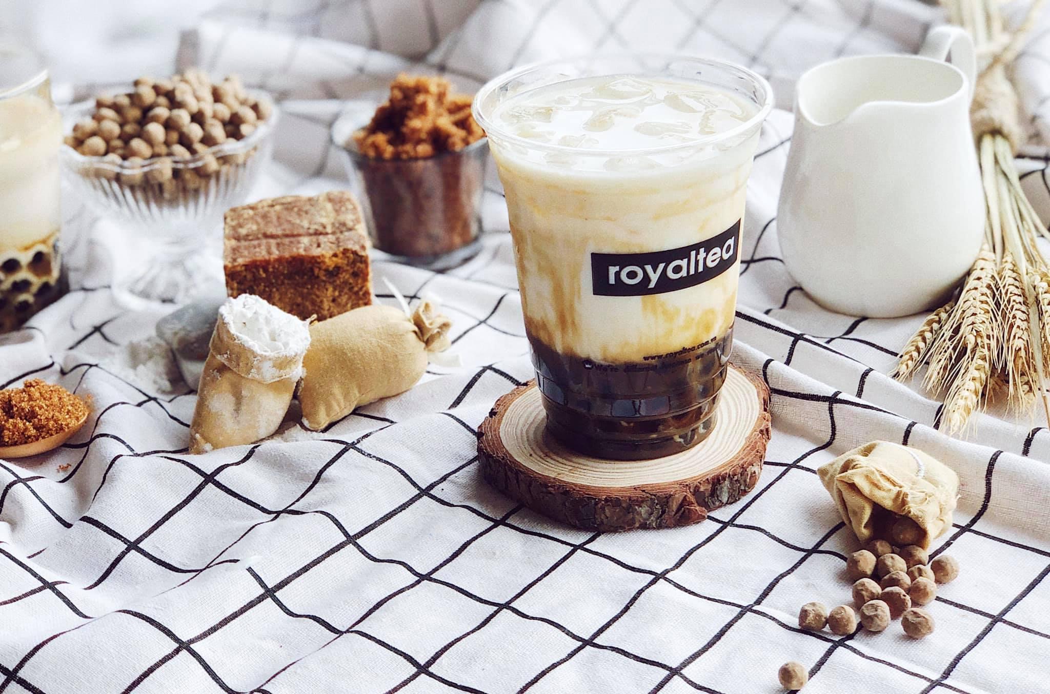 sữa tươi trân châu đường đen Royaltea